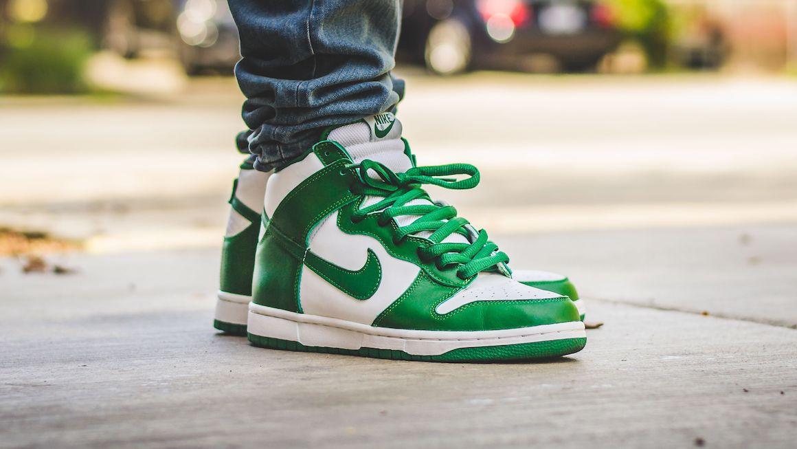 Pine Green\